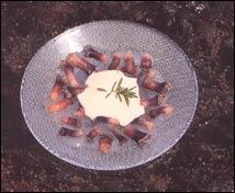 Gelée de percebes al laurel con sabayón de albariño