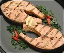 Salmón a la mantequilla de anchoas